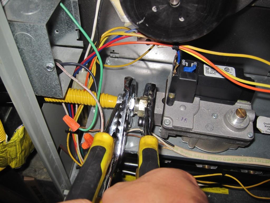 Replacing Gas Hose 4