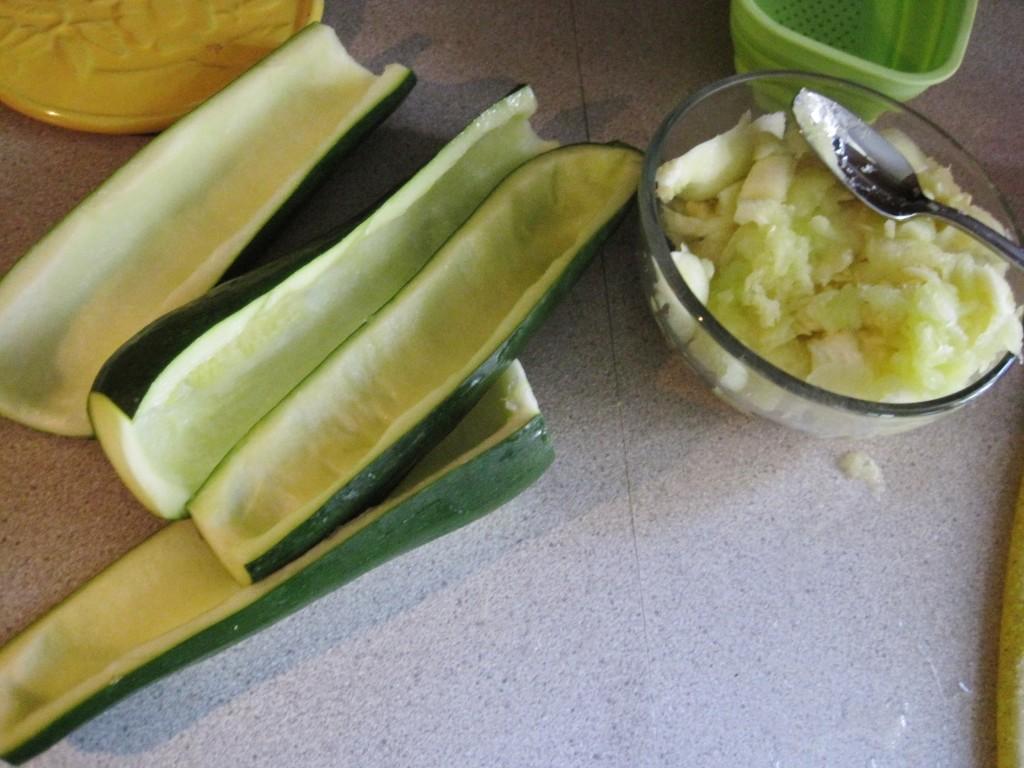 ground beef stuffed zucchini boats 2