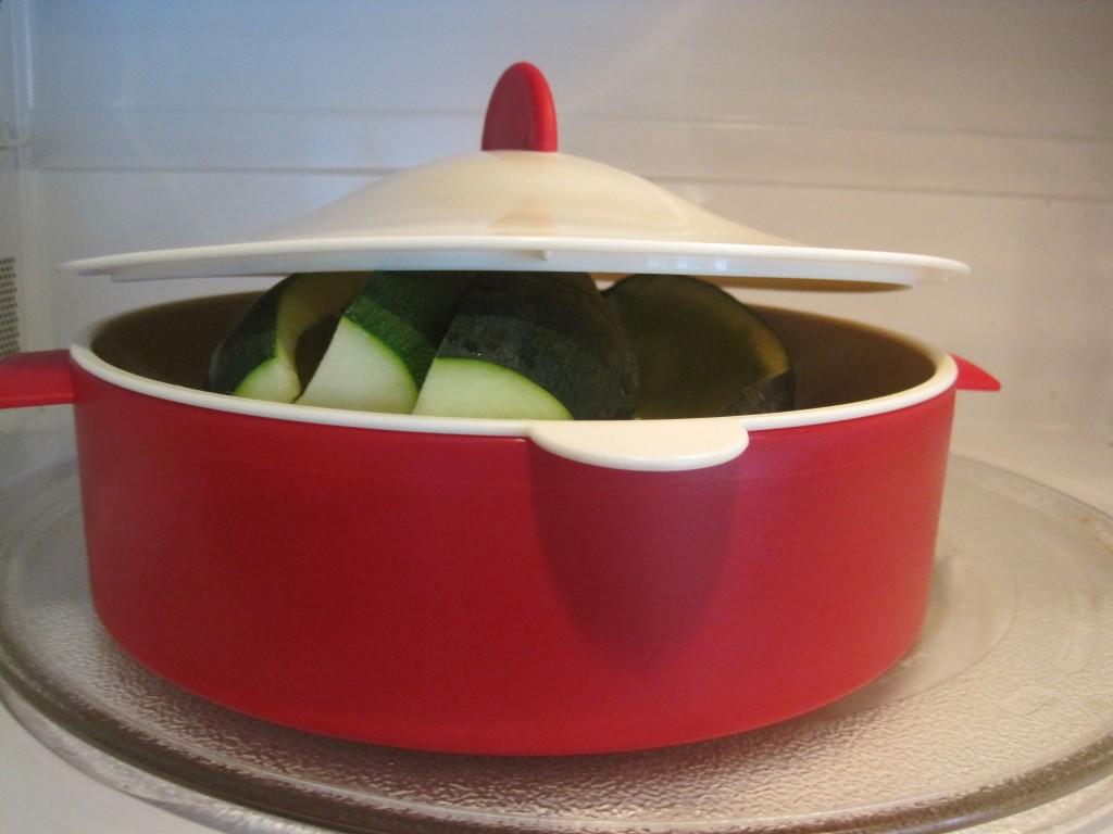 ground beef stuffed zucchini boats 3