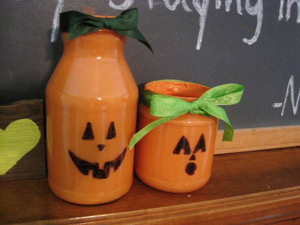 Dry Erase Jack O Lantern Jars with Bows 4