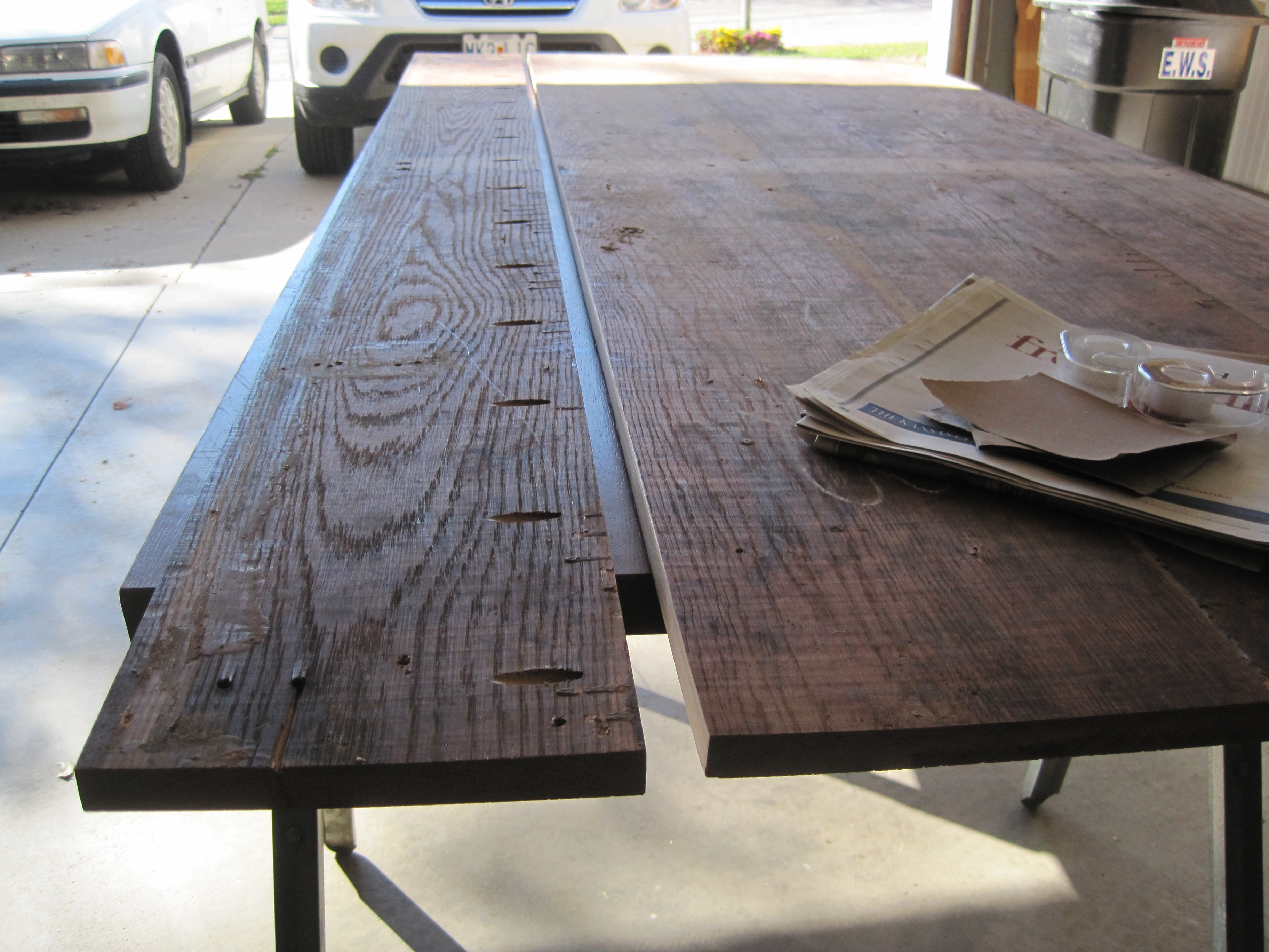 Making a farmhouse table loving here