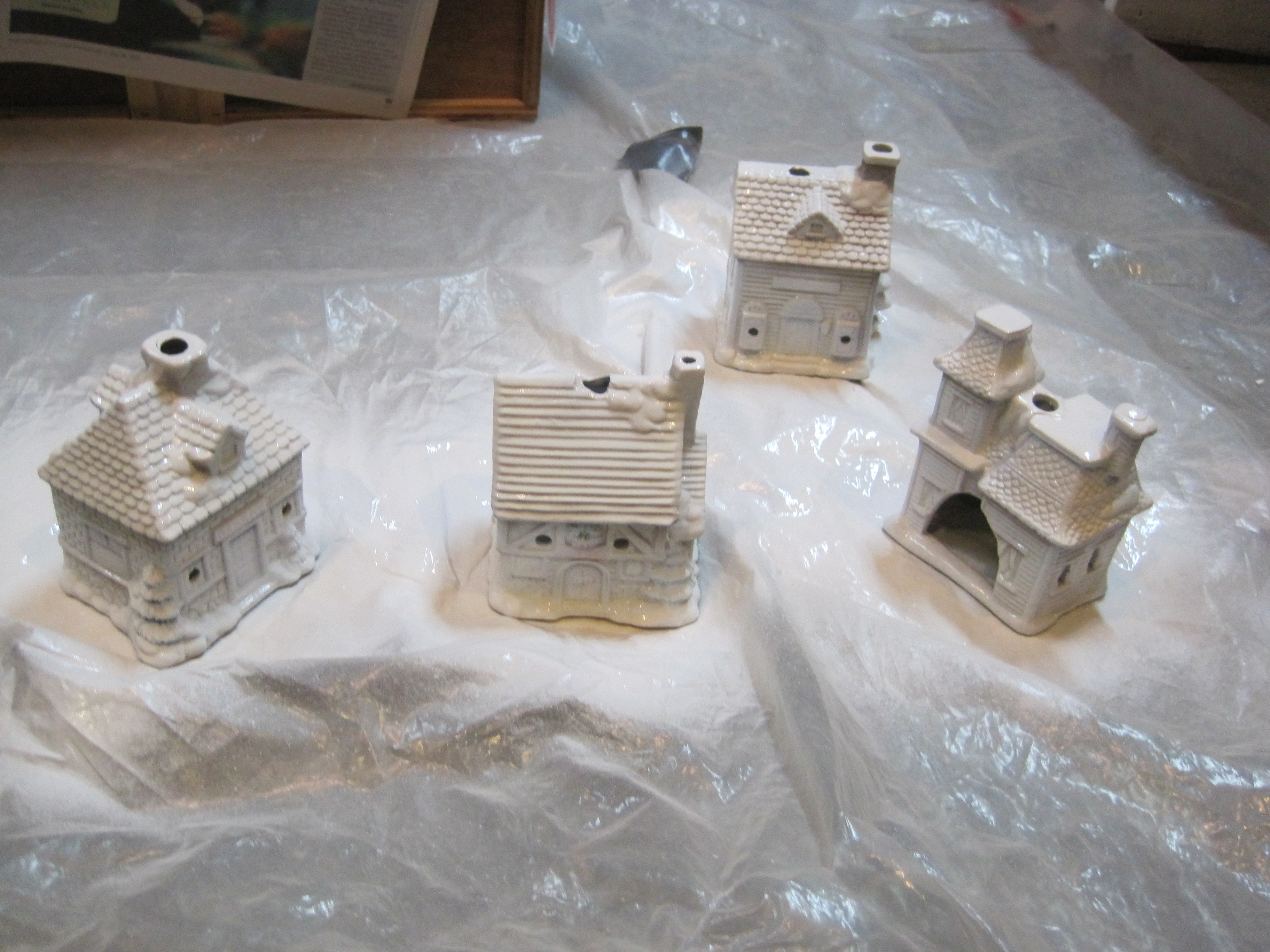 Ceramic christmas houses to paint - Diy Painting Ceramic Houses 4