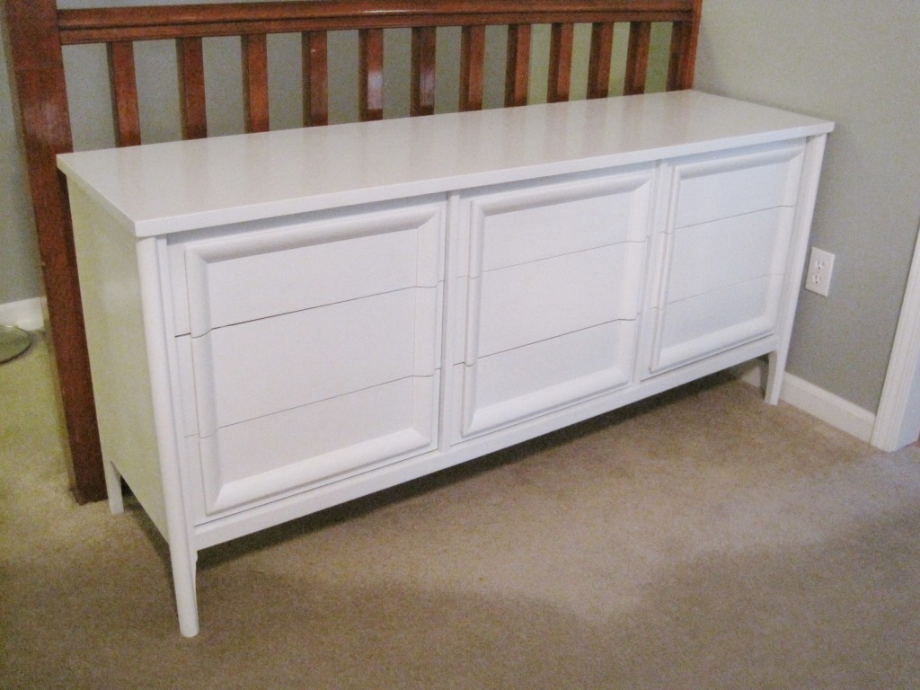 Painted Craiglist dresser 2
