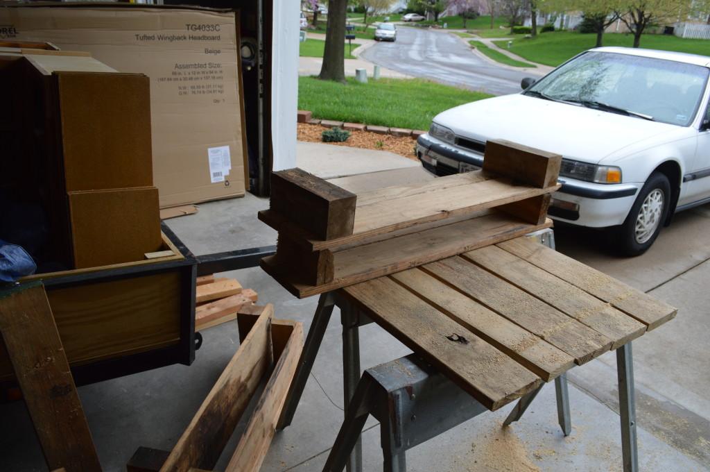 DIY Pallet Garden Beds 2