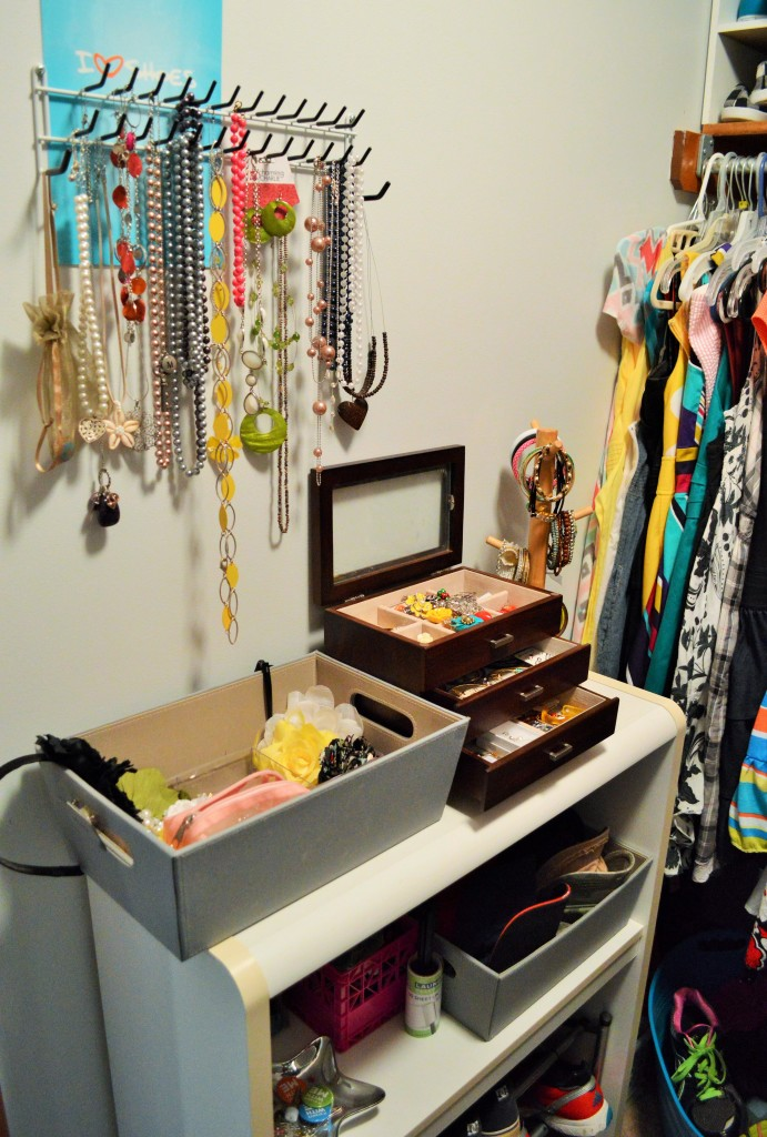 Accessories Station in Small Closet 2