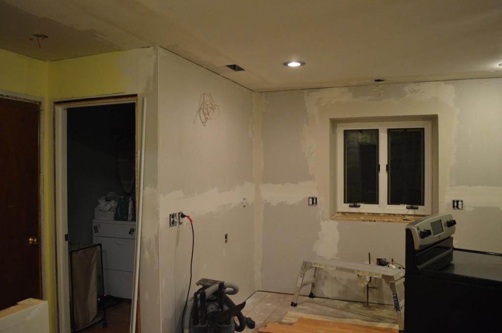 Mudding Drywall in Kitchen
