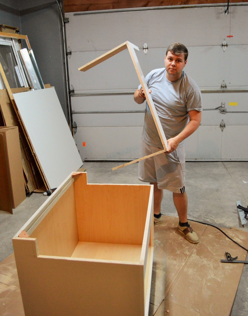 Cutting Sink Base for Apron Sink Installation