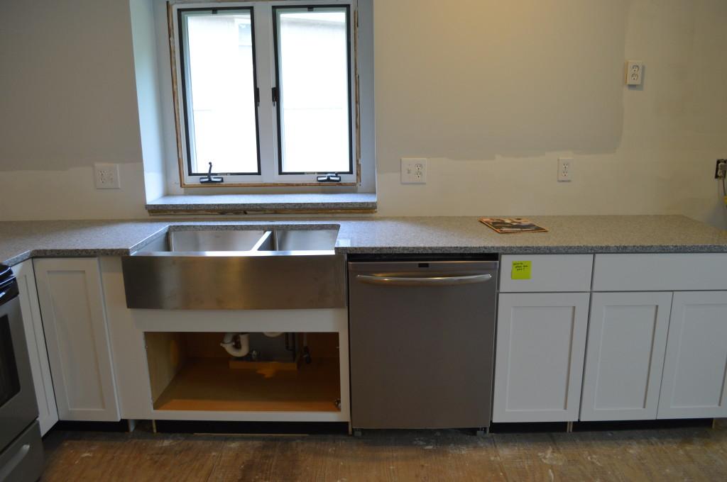 New Granite Kitchen Counter Top 3
