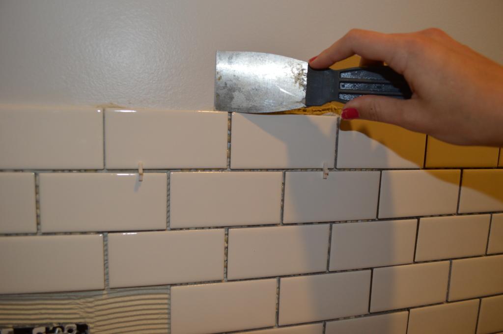 Cleaning Extra Thinset for Kitchen Backsplash Tile  2