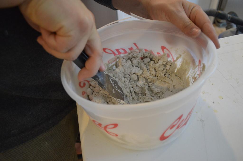 Mixing Thinset to Tile Backsplash 1