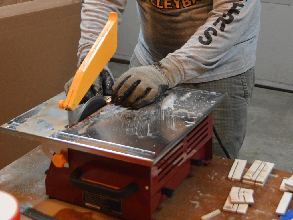 Safety Gloves for Wet Saw how to use a tile saw