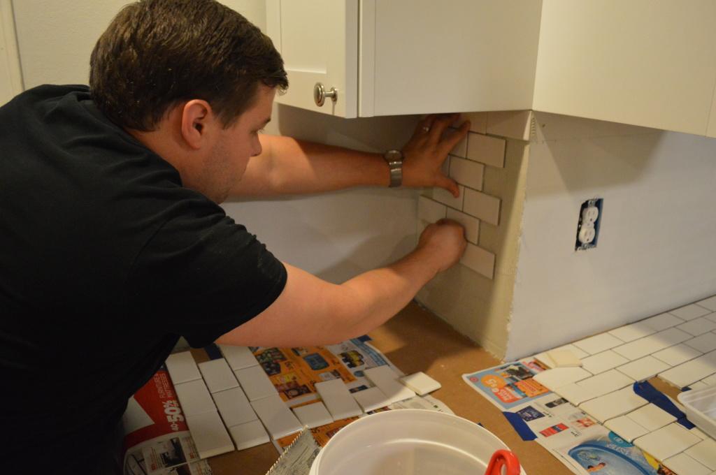 Tiling Kitchen Backsplash
