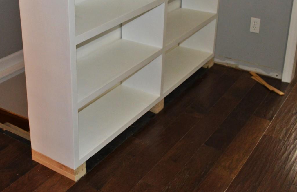 Built In Bookshelves Base