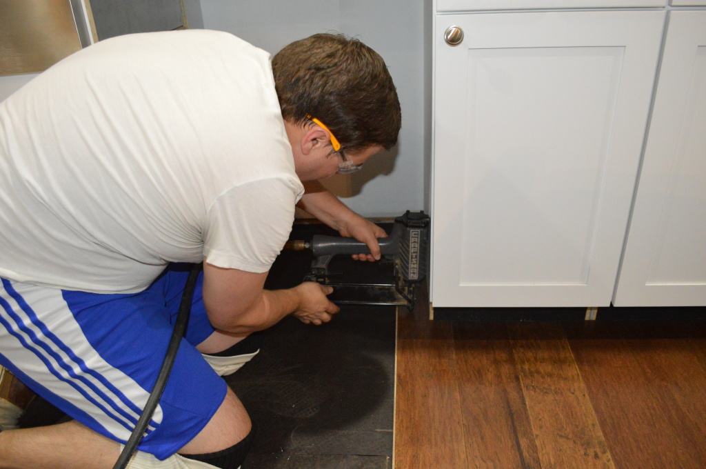 Flooring Kitchen Under Range
