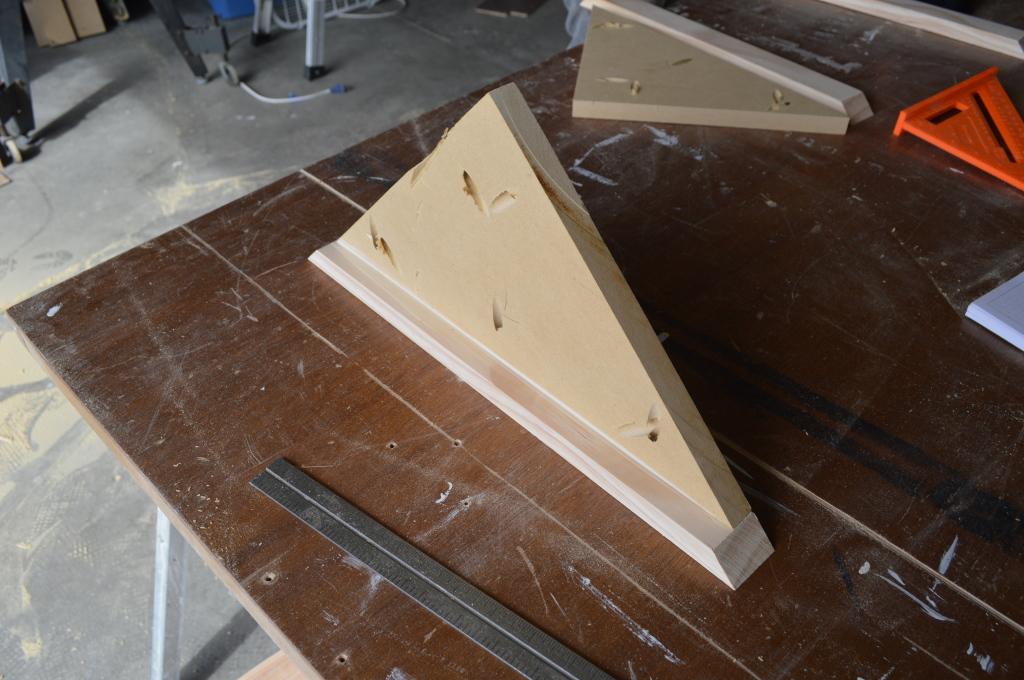 Building Corner Nook Shelves MDF and Pine 3