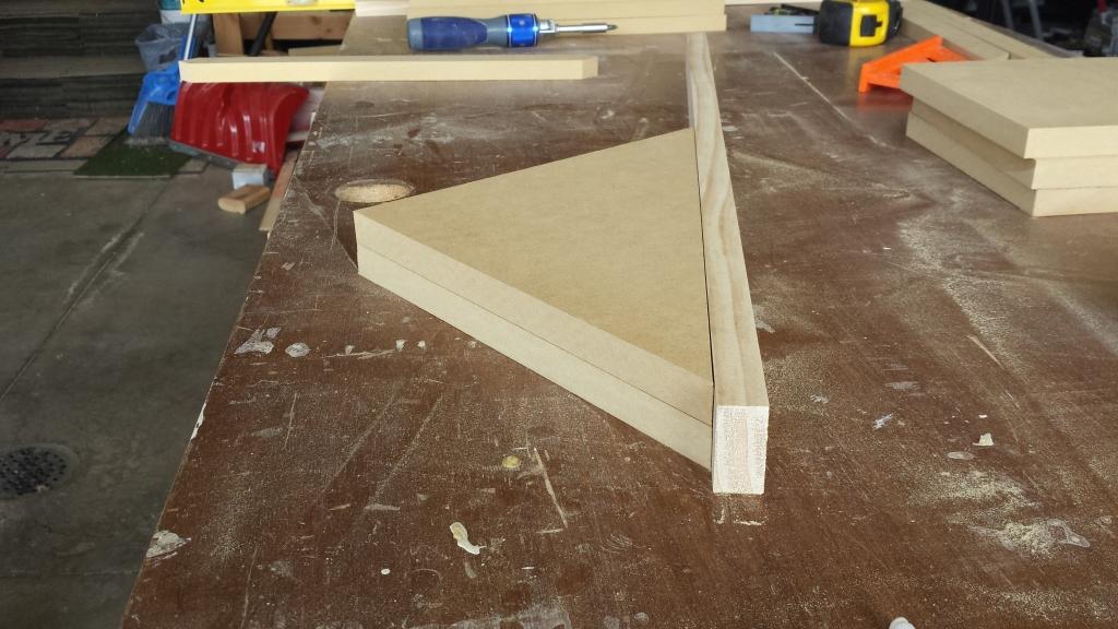 Building Corner Nook Shelves MDF and Pine Plan