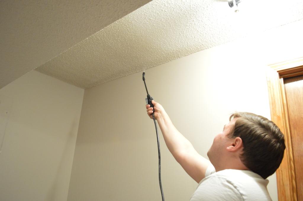 Removing Popcorn Ceilings Guestroom 2