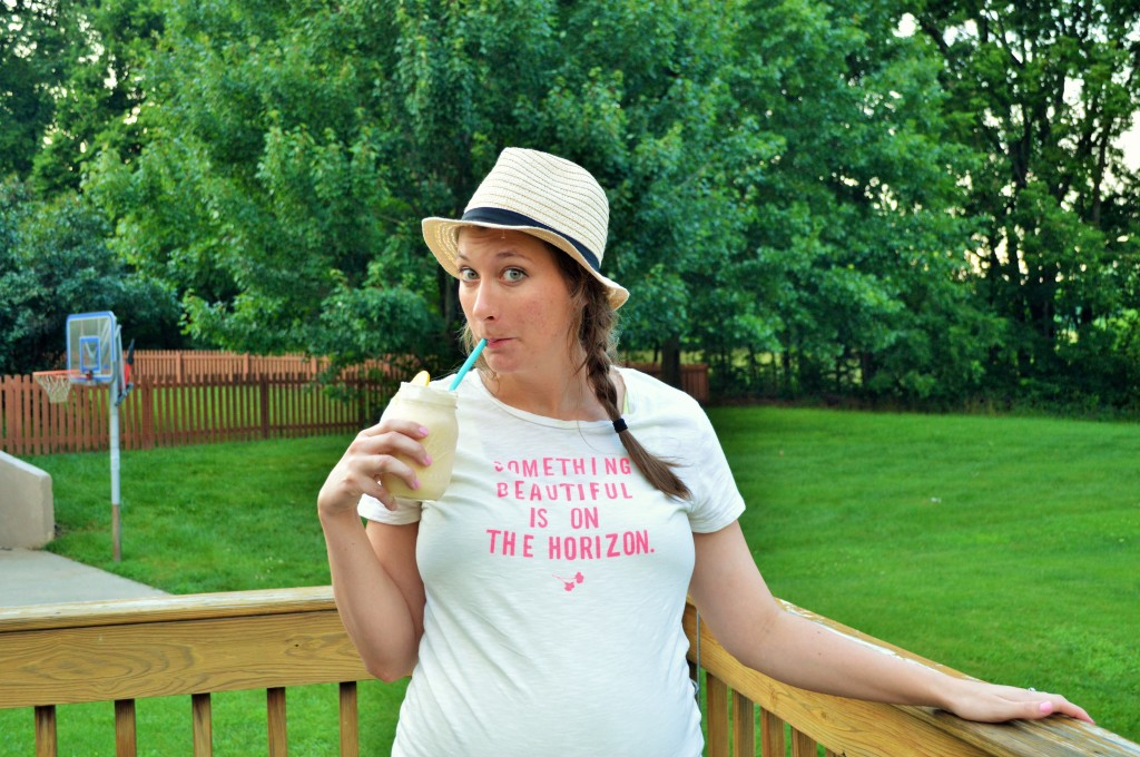Frosted Lemonade Summer Baby Bump 2