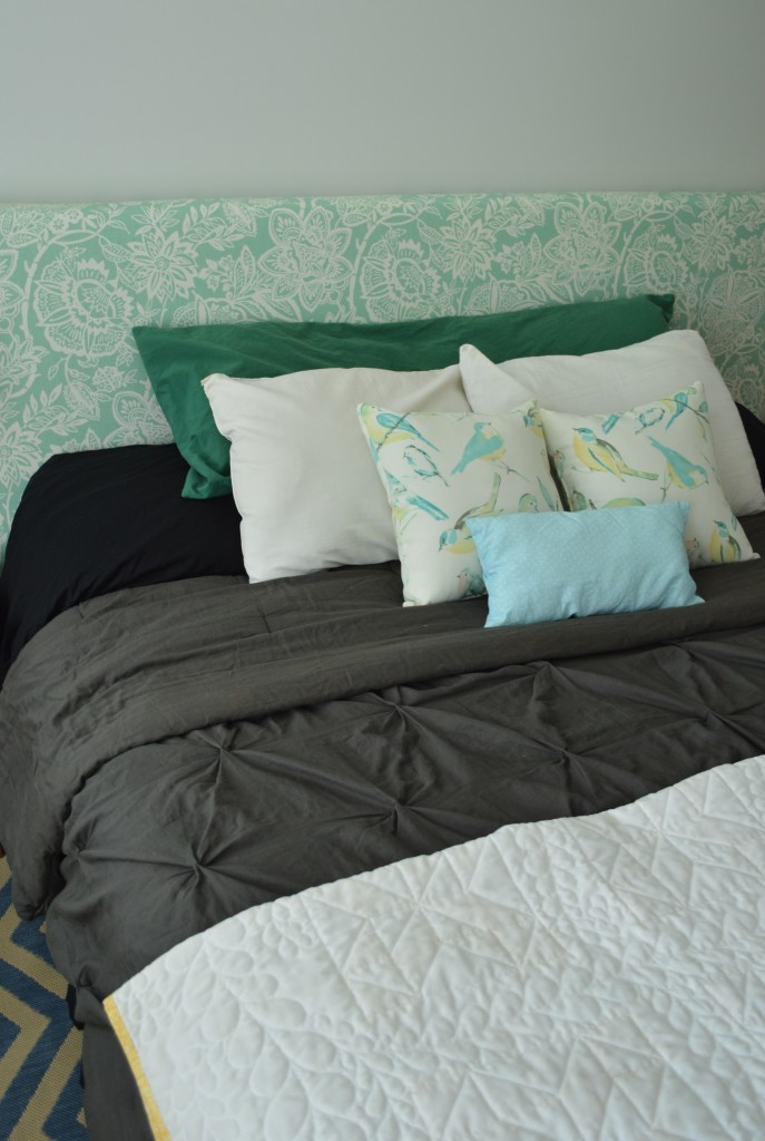 Guestroom bed with headboard