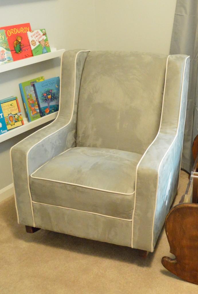 Nursery Rocking Chair (2)