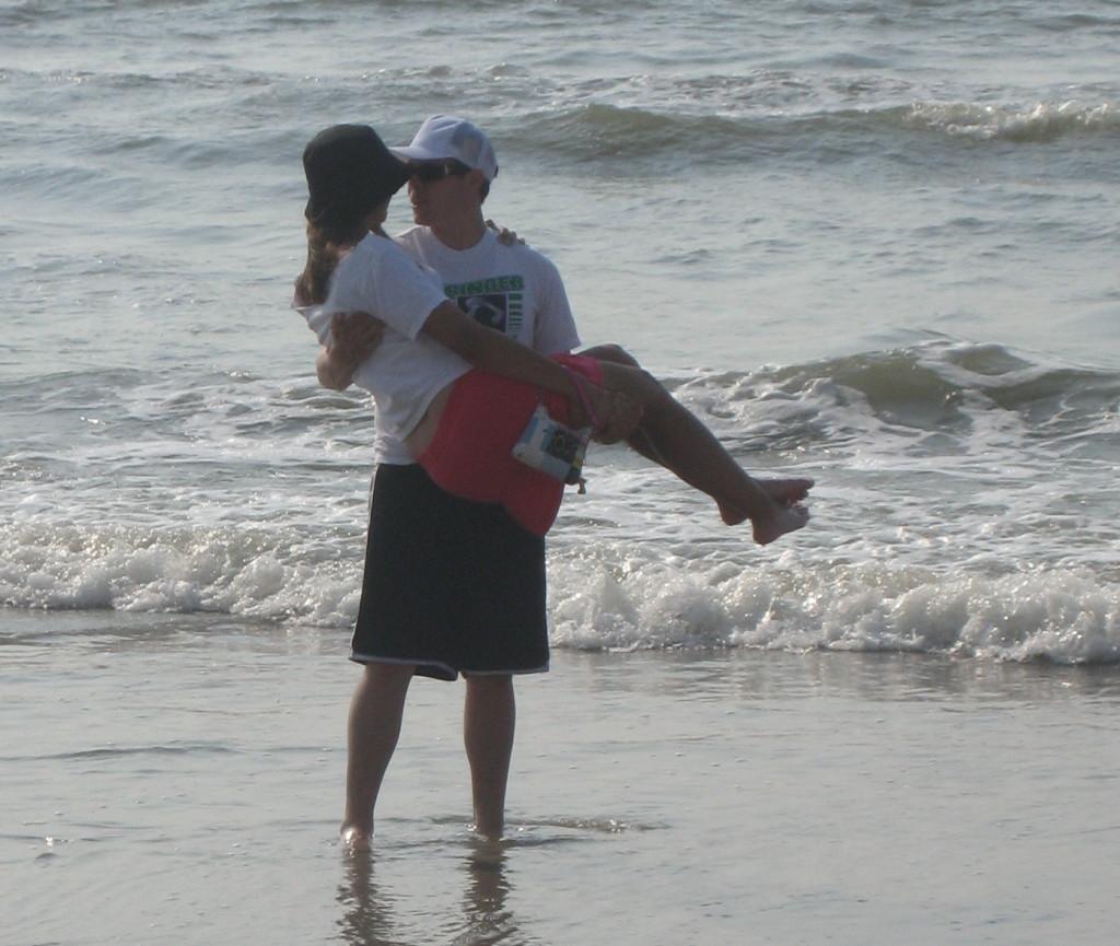 beach wyatt and mel 2008