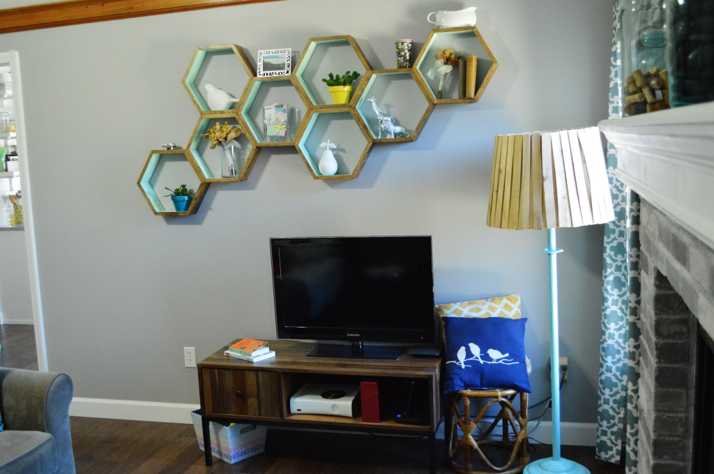 DIY Honeycomb Shelves Living Room 3