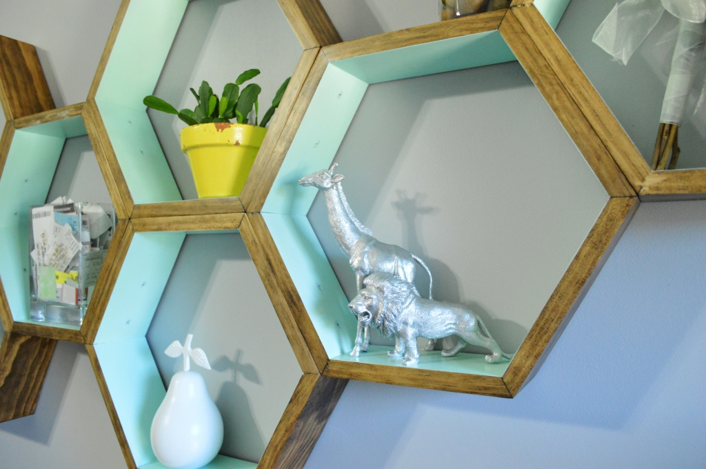 DIY Honeycomb Shelves spray painted finds 2