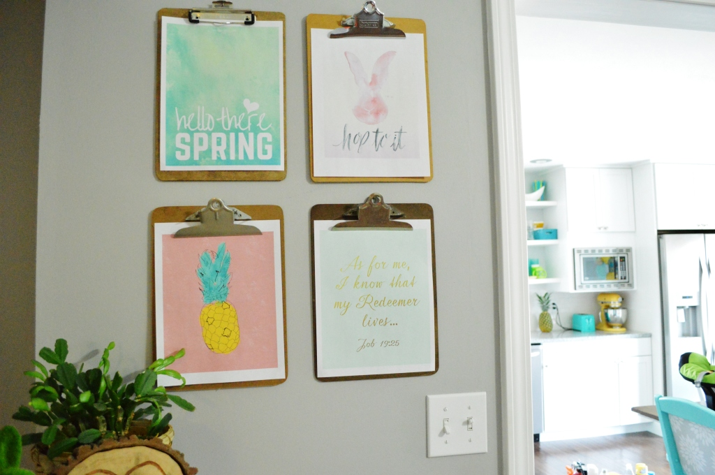 Clipboard gallery wall spring free printables 2