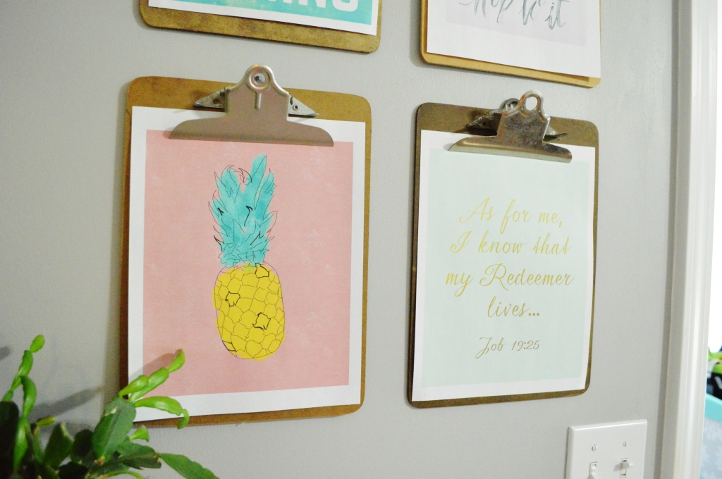 Clipboard gallery wall spring free printables 3
