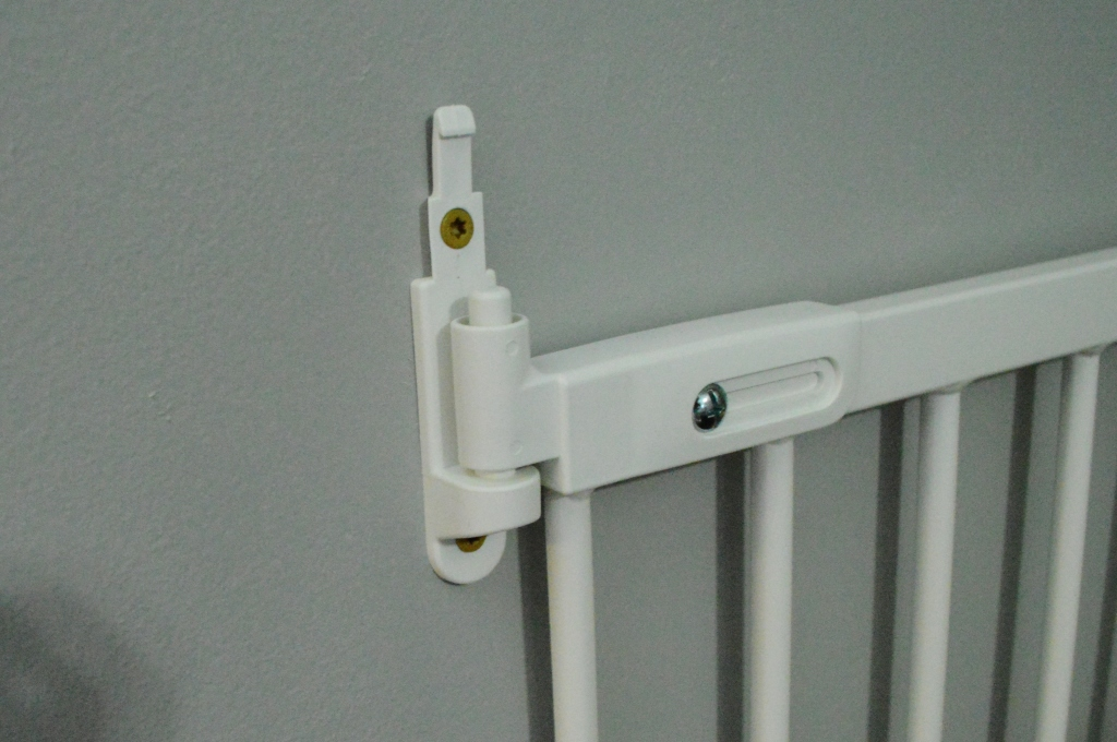 Baby Gate Installation How To Screws
