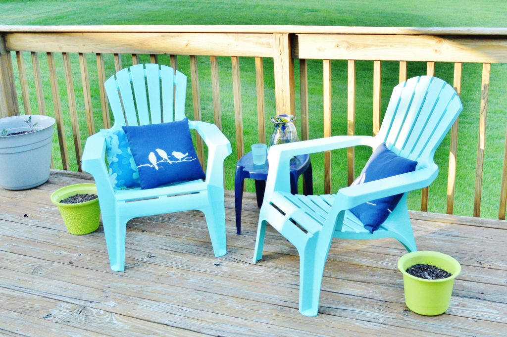 Turqouise Painted Plastic Deck Chairs