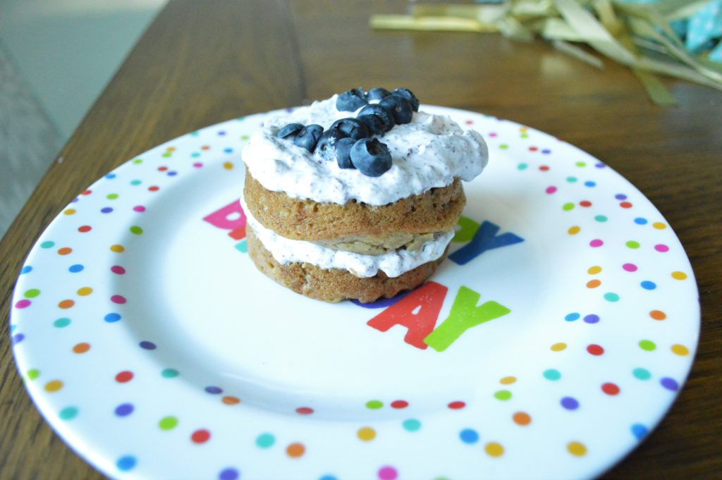 Simple blue and gold first birthday party healthy blueberry cake 2