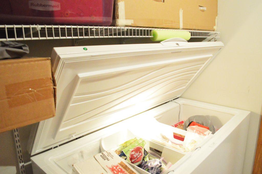 freezer-door-pool-noodle-fix-3