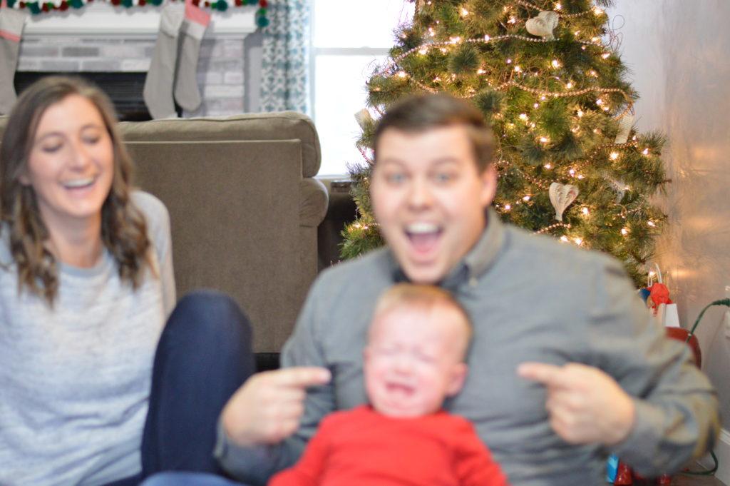 family-christmas-photo-outtake