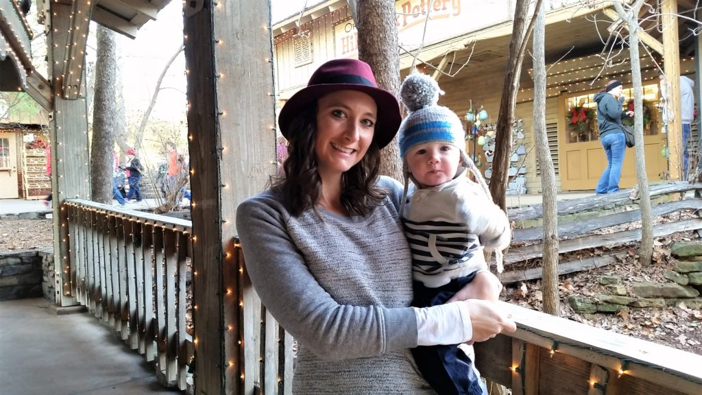 melissa-and-will-at-sdc-branson-christmas