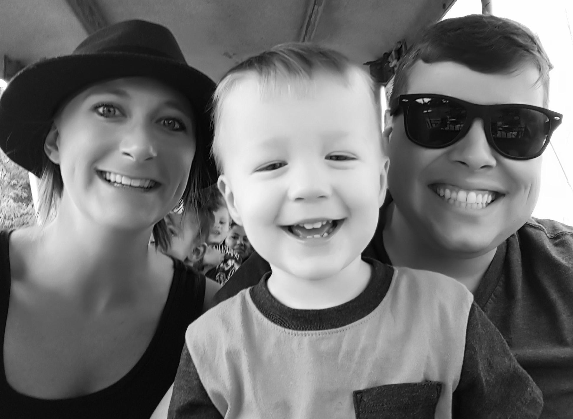 Emma birth photos 1 zoo train with Will